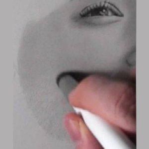 鉛筆画のリアルな絵の肌のぼかし方4