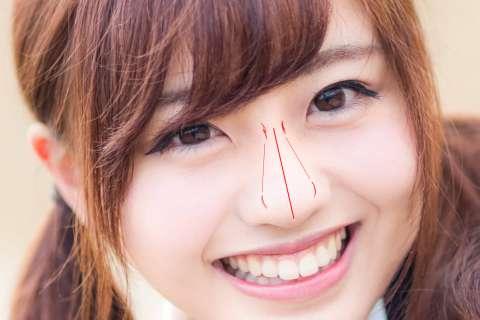 11-輪郭無しの鼻の絵の描き方やコツの解説用鼻筋基準線