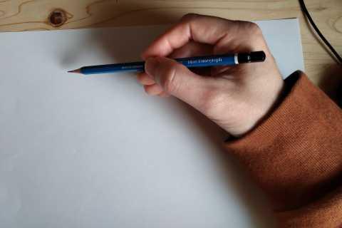 イラストの描き方-鉛筆の持ち方3