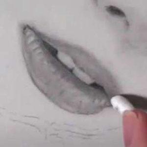 唇の絵の書き方-リアルな鉛筆画の描き方25